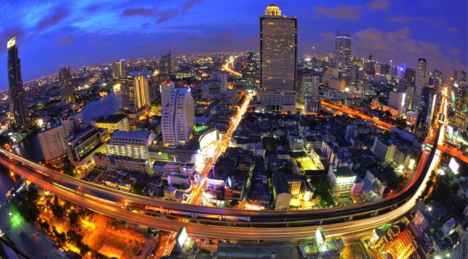 Bangkok night you can rent pocket wifi use in Bangkok