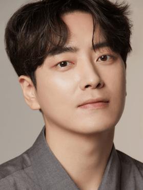 Lee Joon-hyuk, 37 (Dark Hole)