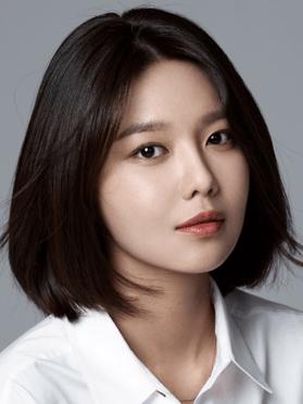 Choi Soo Young, 31 (So I Married an AntiFan)