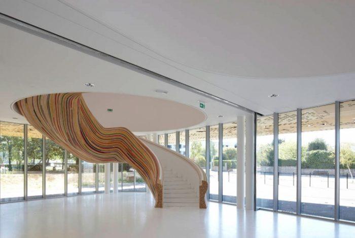 Una serie di scale interne moderne che arredano la casa diventano parte centrale dell'arredamento. Scale Interne Dal Design Moderno 27 Bellissimi Esempi