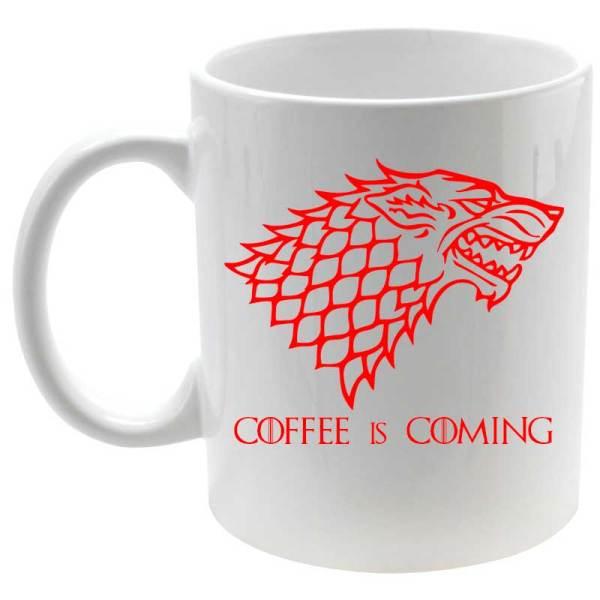 Taza coffee is coming en rojo detalle izquierdaTaza coffee is coming en rojo detalle derecha y izquierda
