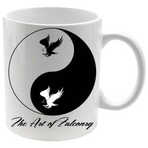 Taza The Art of Falconry Yin Yang en color blanco