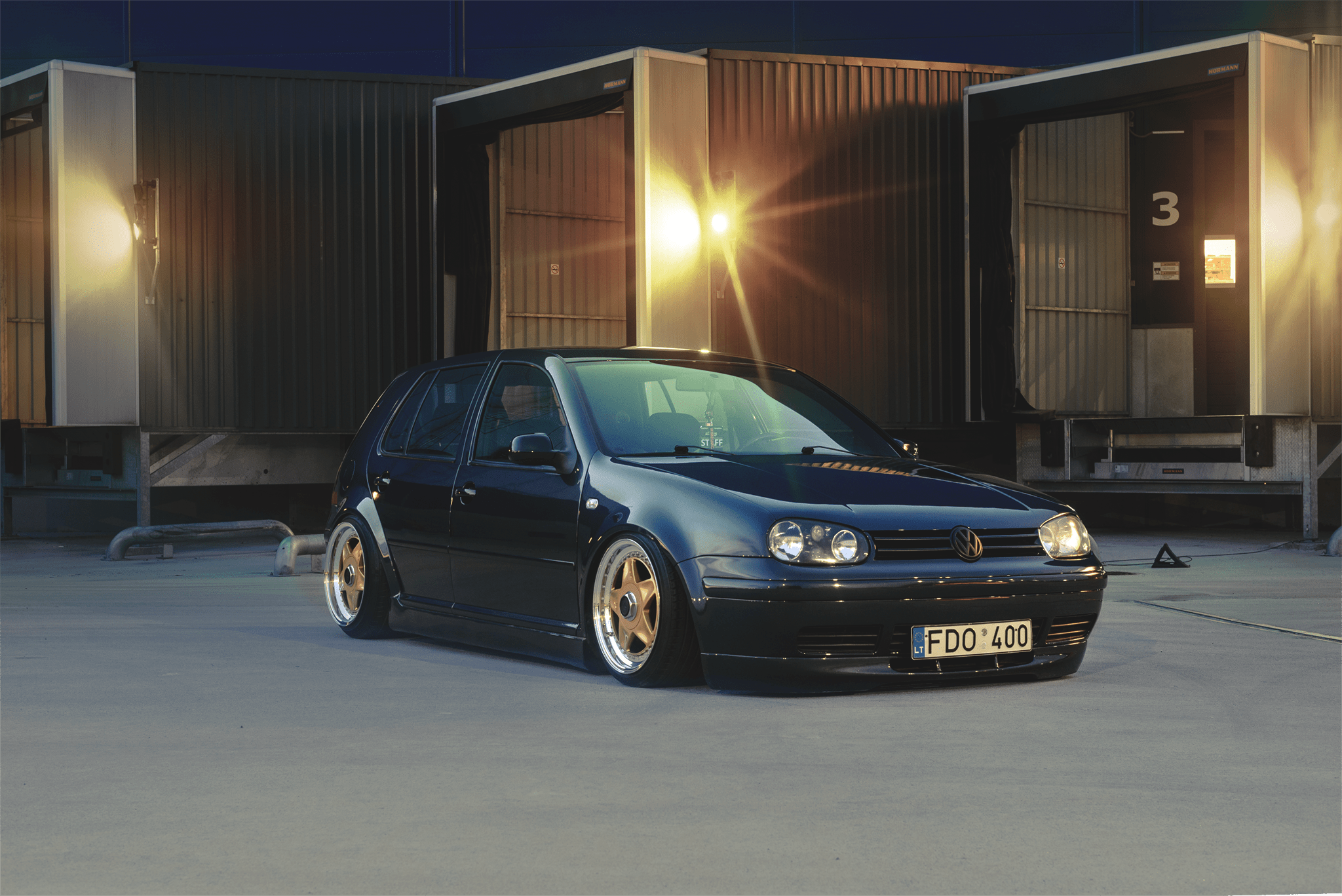 Stanced VW Golf MK4