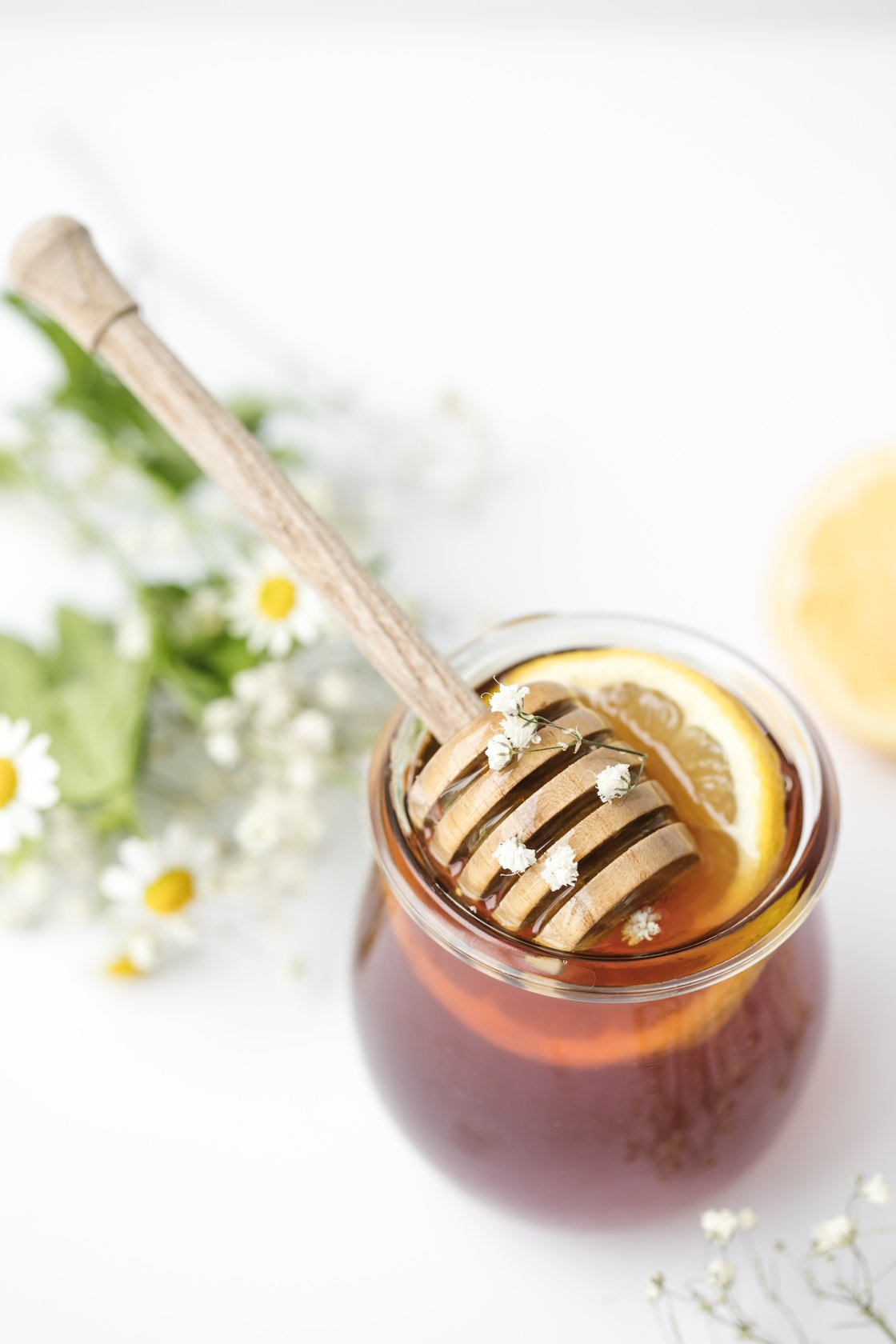 6 Amazing Benefits of Honey for Your Face and Skin Keeping Backyard Bees