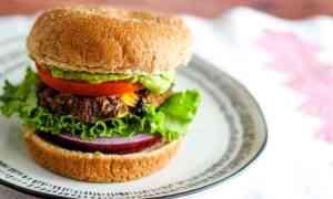 Black Bean Quinoa Burgers | Vegan and Gluten-Free