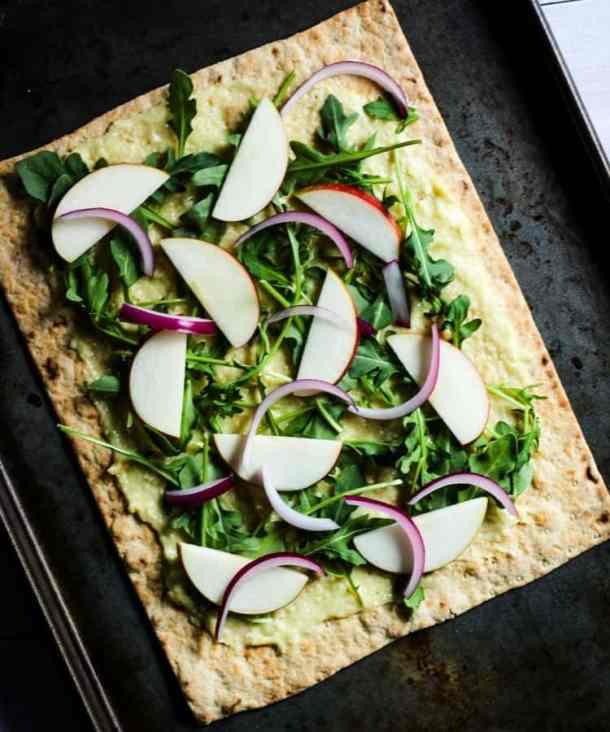 apple arugula vegan flatbread