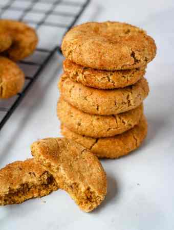 vegan snickerdoodle stacked