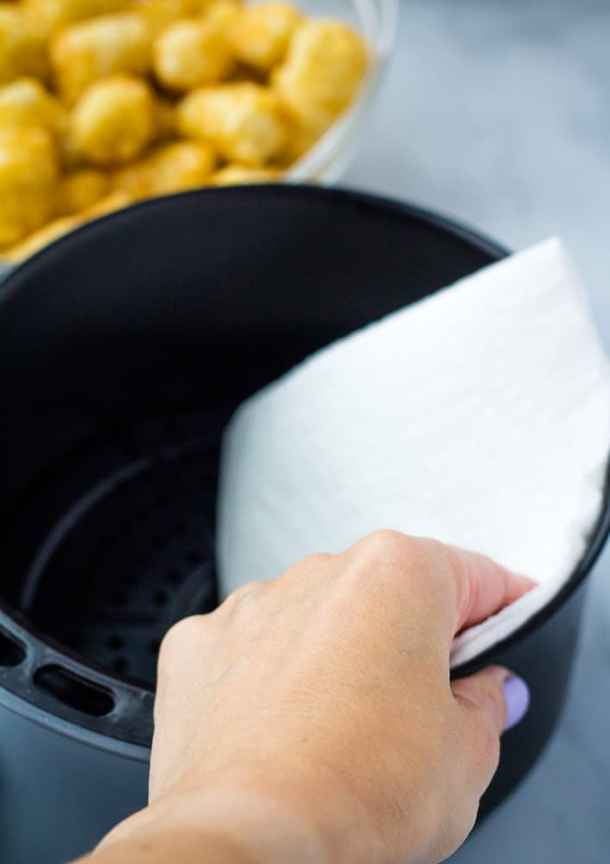 paper towel and air fryer