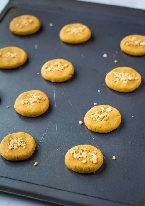 chickpea cookies flattened