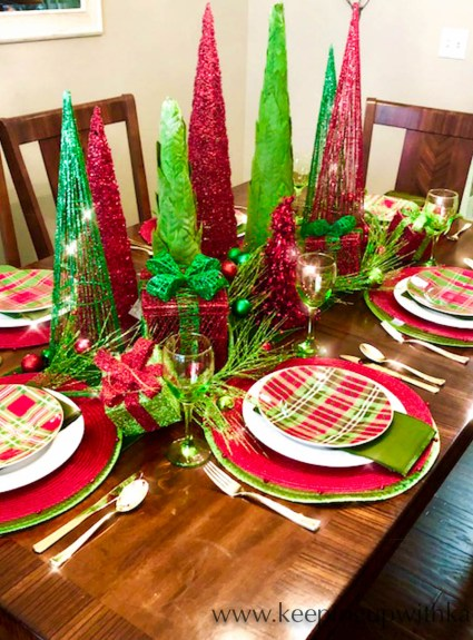 Tips & Tricks to a Classic Christmas Tablescape