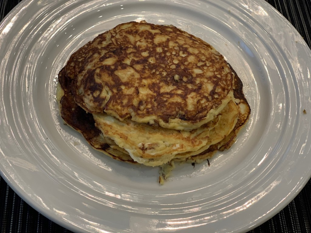 2 ingredient pancakes recipe, banana and egg pancakes, protein pancakes, few ingredients recipes, ripe banana recipes