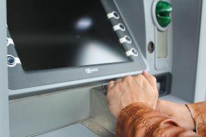 11 основных способов кражи денег с банковских карт