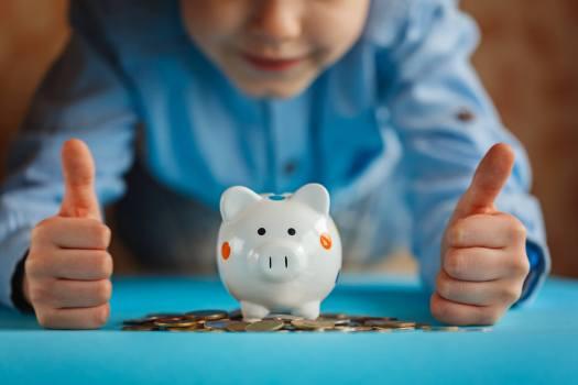 Дети и семейные финансы: 8 статей