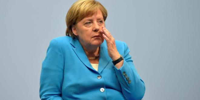 Pressure for reforms? Merkel to visit Greece with wrong agenda in her luggage