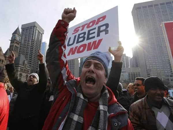 KeepTaxisAlive - uber protests