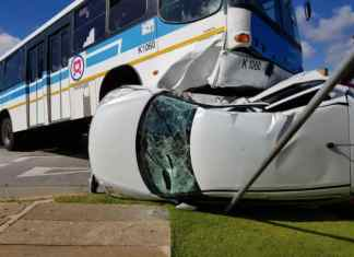 Taxicab and minibus collision in Limpopo, South Africa taking 24 lives