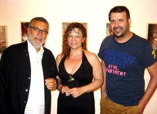 Ο σχεδιαστής μόδας Μάκης Τσέλιος, η καλλιτέχνις Mimika και ο επιμελητής Μιχαήλ Ρωμανός