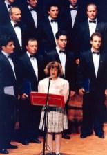 1995 - η Αντωνία Αυγουστάτου τραγουδά