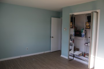 Big bedroom (the colors here are closer to true)