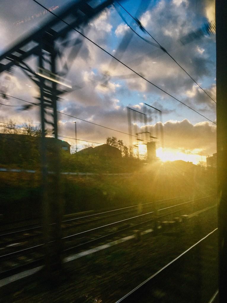 """<alt img=""""An Early Train""""/>"""