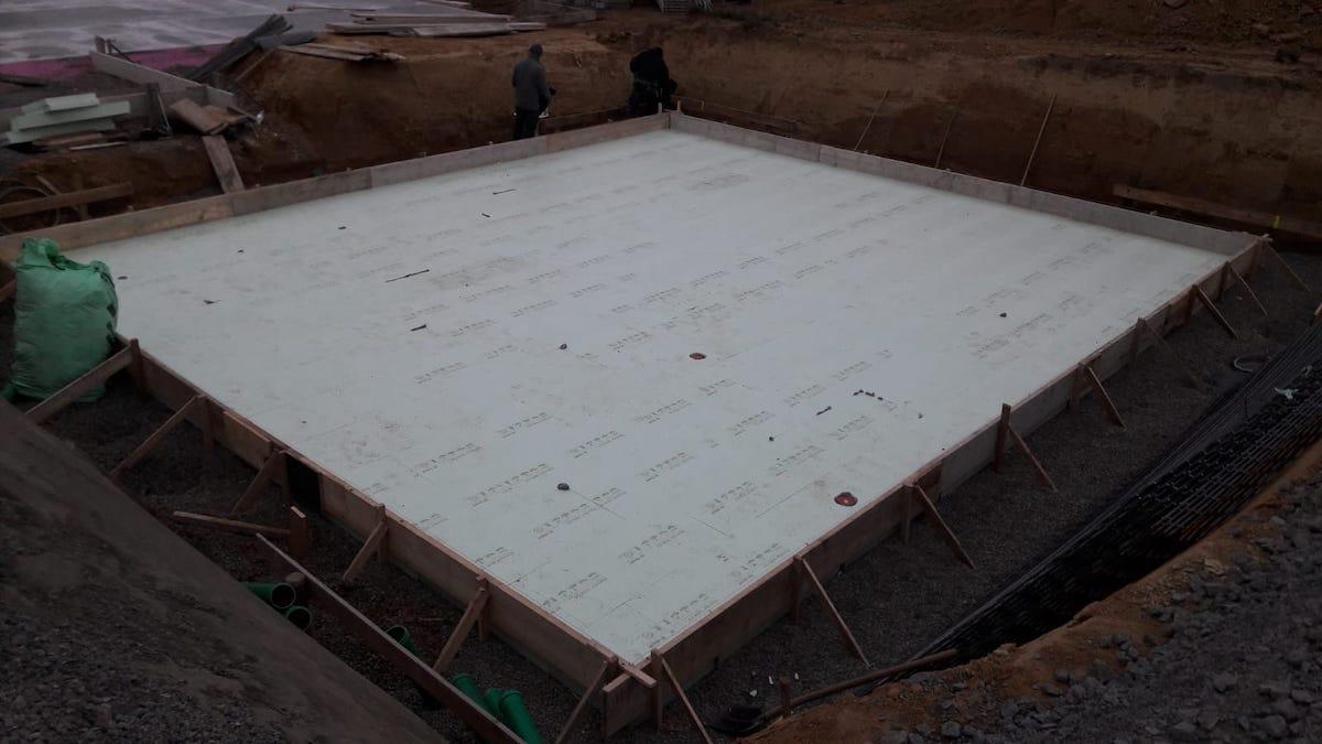 Eingeschalte Bodenplatte