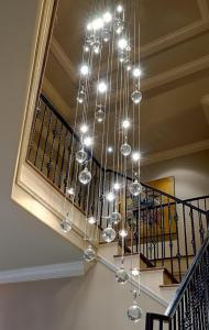 How to clean a chandelier on a high ceiling