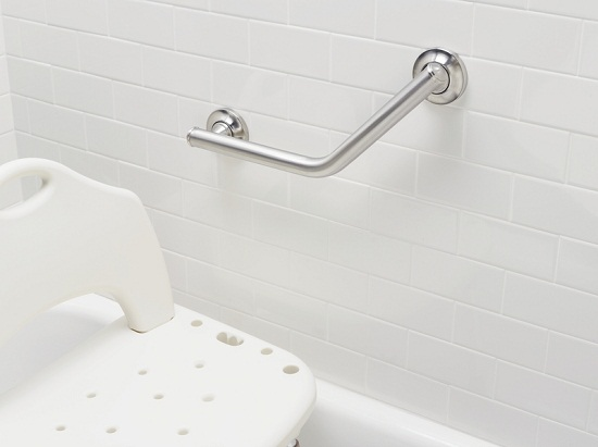 Safety Bars for Bathrooms Installation