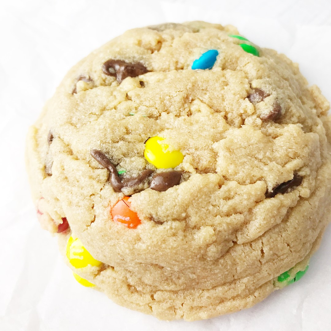 Soft And Fluffy Peanut Butter Chocolate Chip Cookies Kelly Lynn S Sweets And Treats