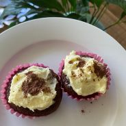 Easy Chocolate Cupcakes with Peppermint Essential Oil
