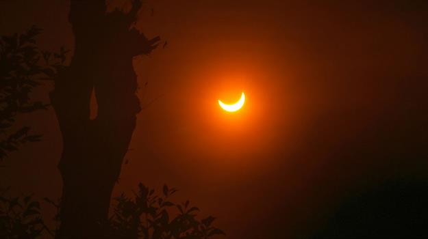 solar-eclipse-courtesy-ridwan-arifiandi-nasa_319464540621