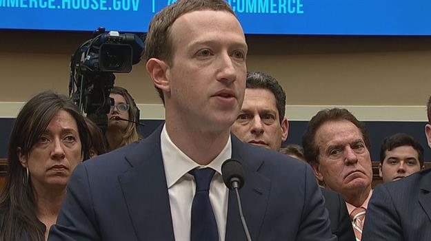 mark-zuckerberg-facebook_534335550621