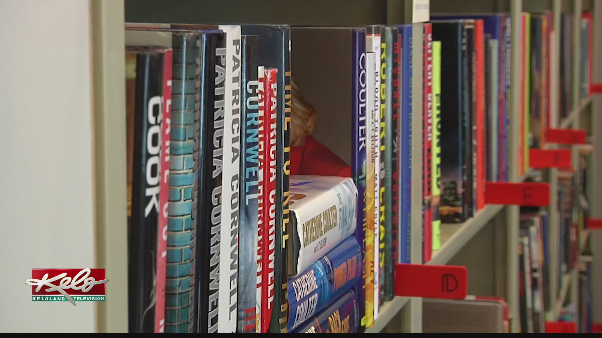 Donating_books_helps_teach_adults_how_to_0_20190613031203