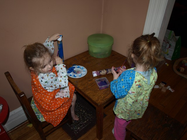Eily & Rayleigh painting their rainsticks.
