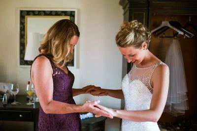 Fossa Mala Wedding Bride Getting Ready with Mum