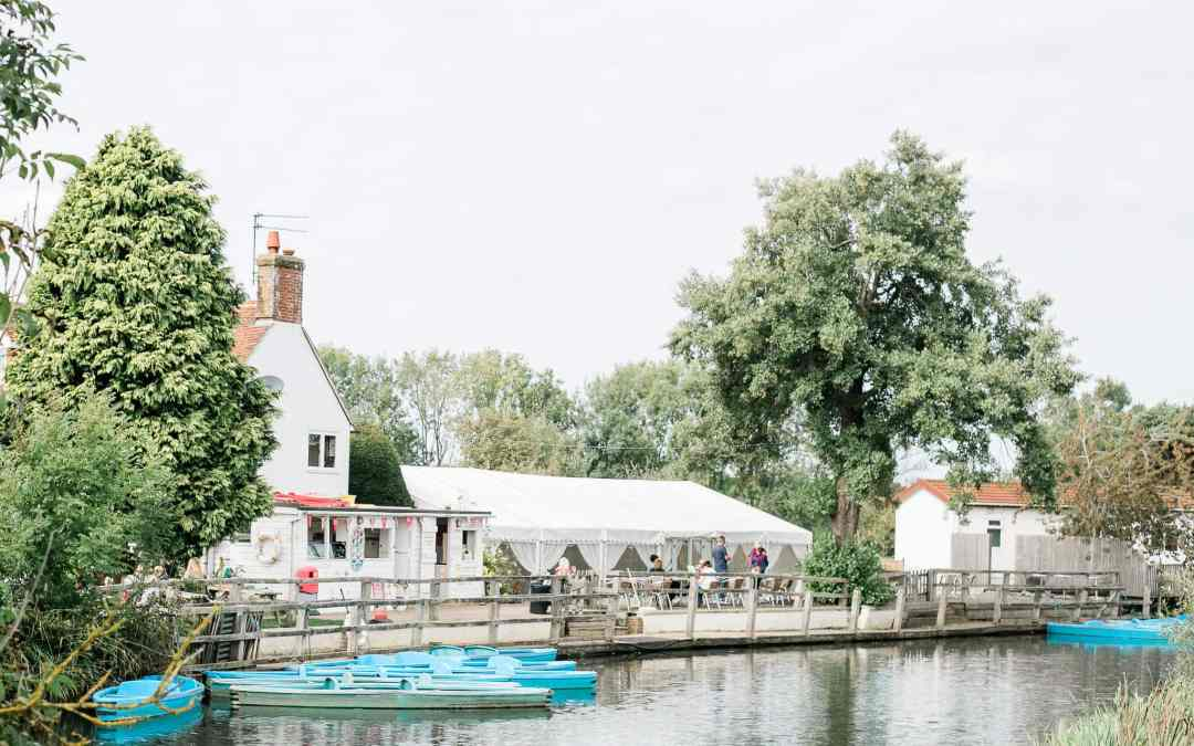 Anchor Inn Wedding Venue in Lewes | Brighton Photographer