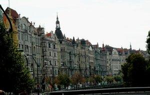 Praha, Kota Ratusan Menara di Eropa Timur