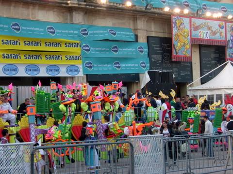 Warna-Warni Ceria Karnaval di Valetta