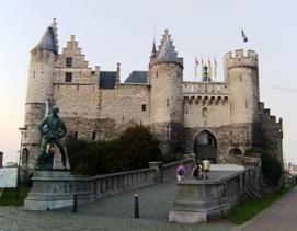 Menikmati Kemilau Antwerpen