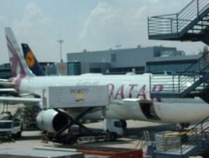 Terbang nyaman dengan Qatar