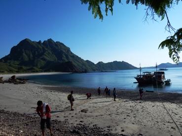 Trekking Seru di Pulau Padar