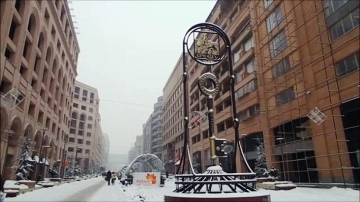 shopping street yerevan