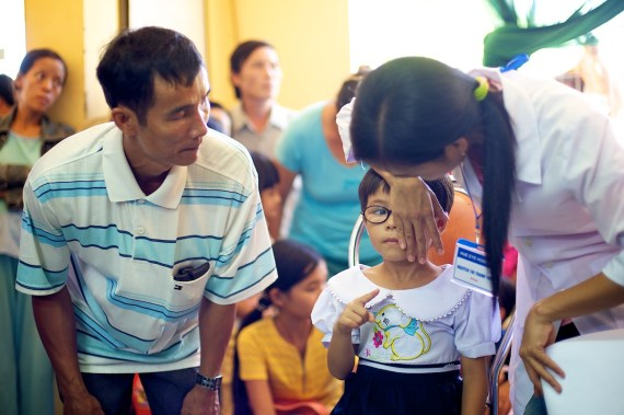 Outreach-Vietnam10_0814-024