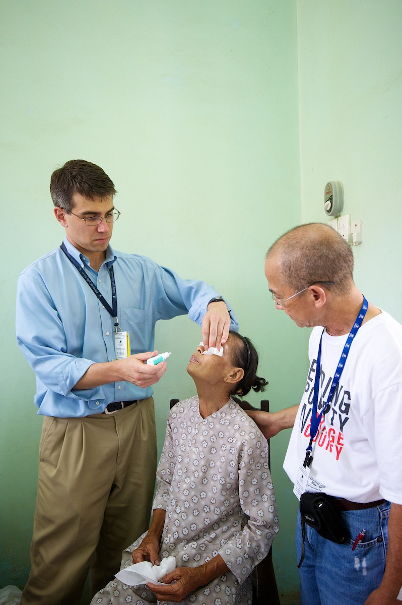 Outreach-Vietnam10_0814-114