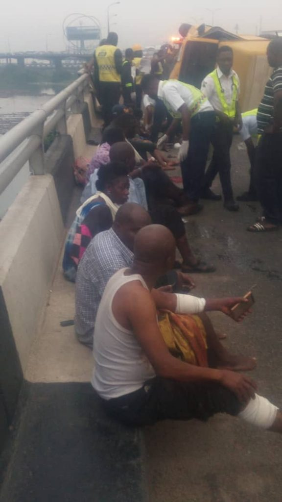 22 passengers almost fell into the lagoon as bus somersaulted on 3rd mainland bridge