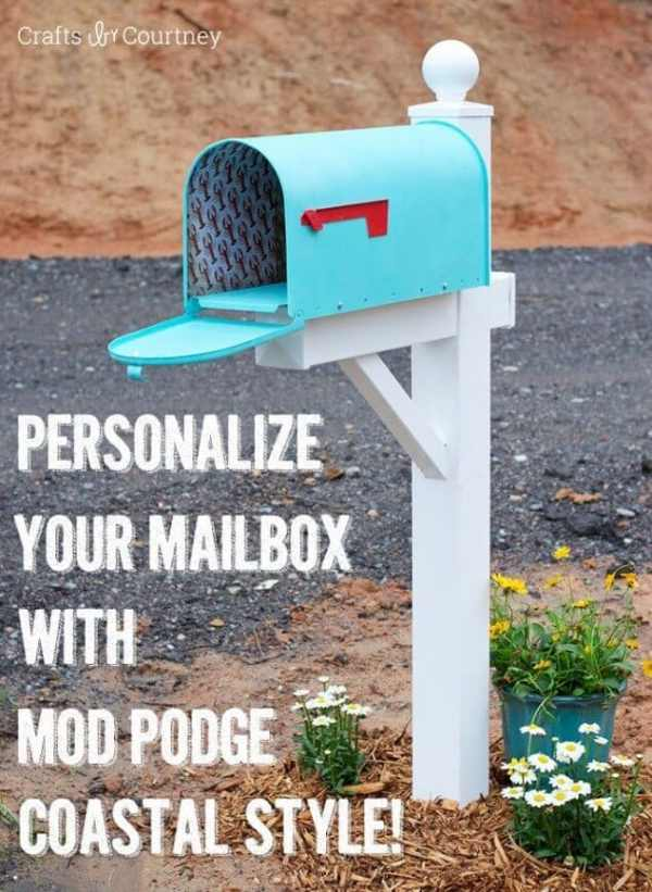 Coastal DIY Mailbox Makeover from Crafts By Courtney featured in the Summer Spotlight