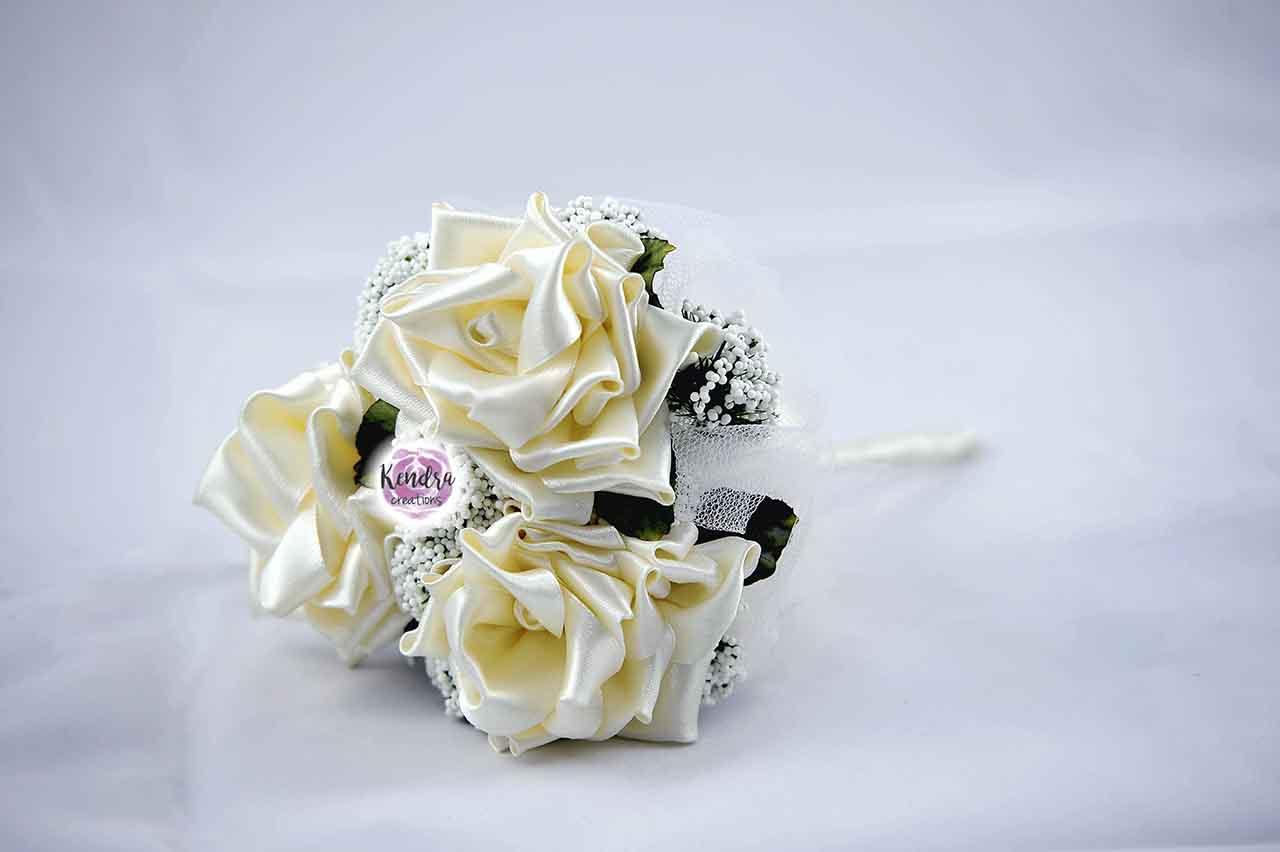 bouquet prima comunione beige stoffa