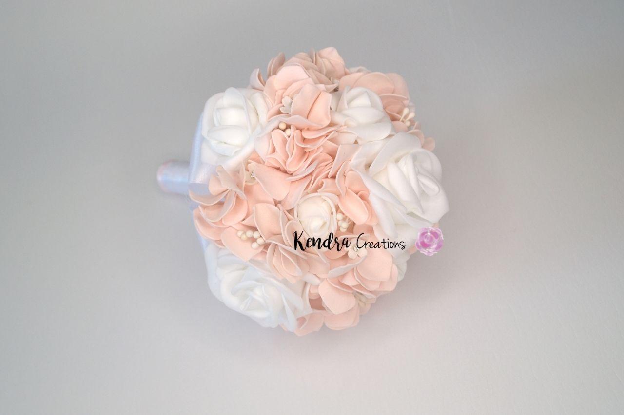 bouquet comunione rosa e bianco