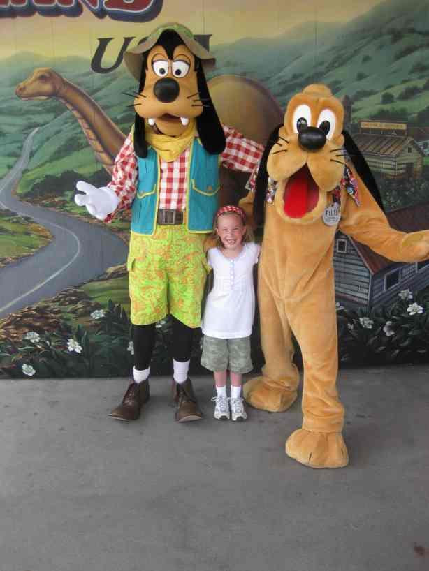 Pluto and Goofy at Dinoland in Animal Kingdom 2010