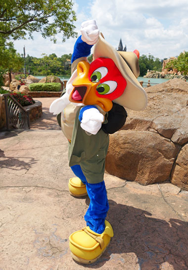 Woody Woodpecker Universal Orlando's Islands of Adventure Character