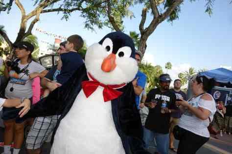 Penguin Hollywood Studios Character Dance Jam 2013